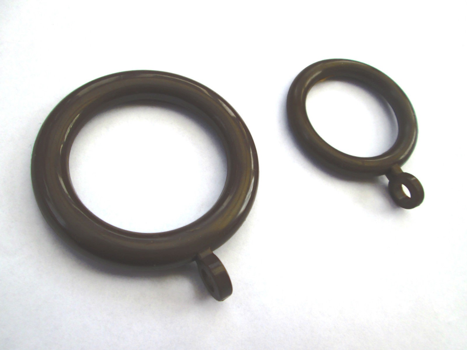 Brown Plastic Drapery Rings With Eyelet Pack Of 10 Ironmongery World