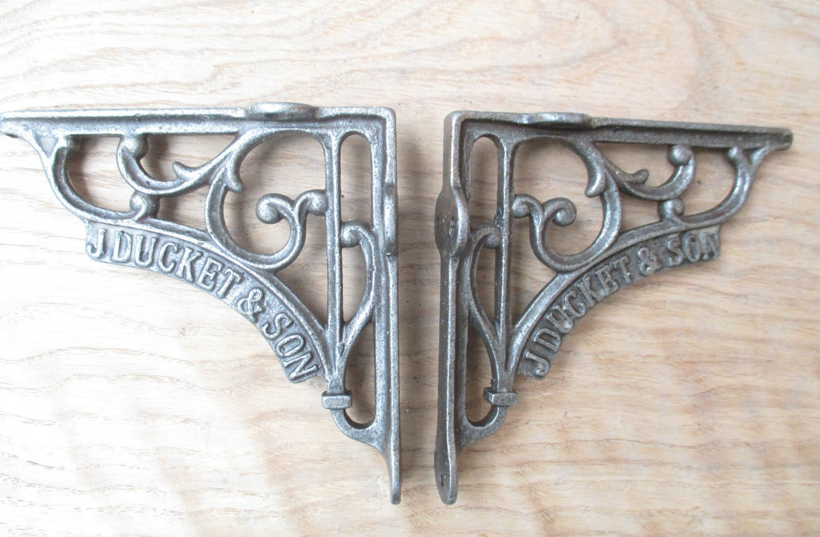 5 Quot Pair Of J Duckett Antique Vintage Cast Iron Shelf