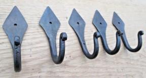 Pack Of 5 Diamond Top Hooks Black Wax