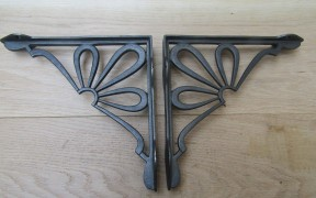 "Pair Of 9"" Daisy Shelf Brackets Antique Iron"