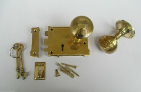 East Lake Plain Lock & Beehive Brass Set
