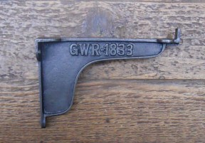 "Pair Of 9"" GWR Lipped Brackets Antique Iron"