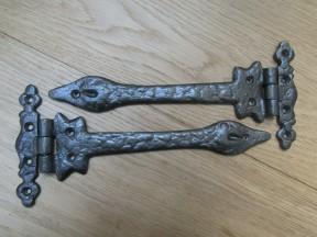 """Pair of 9"""" Leaf Hinges Antique Iron"""