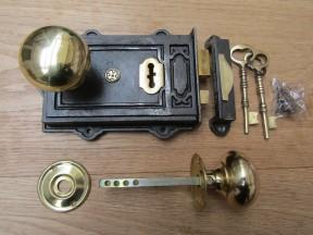 Davenport Rim Lock Antique Iron & Cottage Rim Natural Brass Set