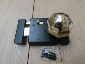 "4"" Rim Latch Black & Octagonal Rim Brass Set"