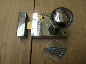 "4"" Rim Latch Polished Chrome & Victorian Rim Polished Chrome Set"