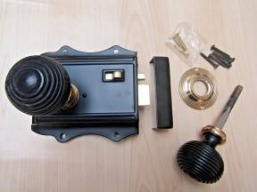 Olde Latch Black & Black Beehive Rim Set