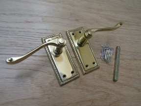 Small Lever Latch Door Handle Georgian Polished Brass