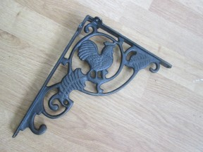 fancy rooster shelf bracket