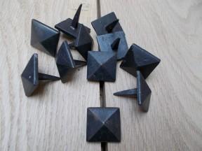 Pack of 10 Diamond Door Studs Black 20mm