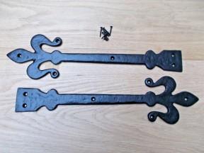 """Pair of hinge fronts black antique 16"""" Fleur de lys"""