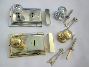 Georgian Rim Lock Set