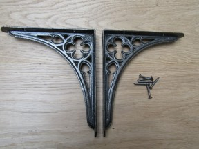 "Pair Of 7"" Gothic Shelf Brackets Antique Iron"