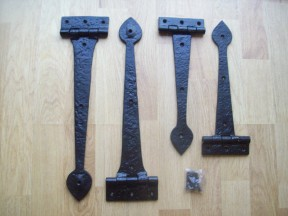 Heavy duty T hinges