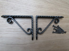 "Pair Of Jagged Scroll Shelf Brackets Antique Iron 4"""