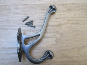 Pack Of 5 Lincoln Coat Hooks Antique Iron