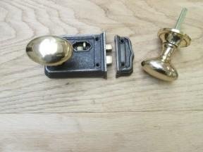 Small Rim Latch Antique Iron & Oval Rim Brass Set