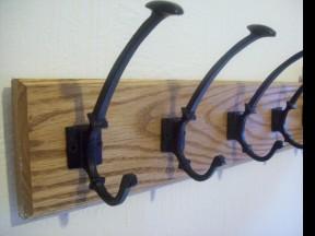 Black Antique Traditional Spoon End Coat Hook Rail