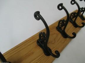 Black Antique Swan P 5 Hook Coat Rail 58cm