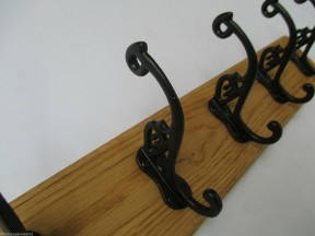 Black Antique Swan P 7 Hook Coat Rail 78cm