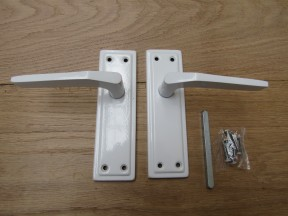 Pair of White Sprung Lever Latch Handle