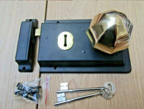 "6"" Rim Lock Black & Octagonal Rim Brass Set"