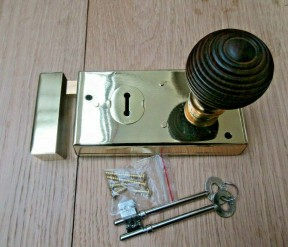 "5.5"" Rim Lock Brass & Beehive Teak + Brass Set"