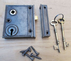 Cast Iron Vertical Rim Lock