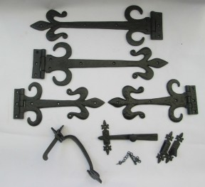 "Set of 12"" Fleur de lys with curls Hinges + 9"" Suffolk Thumb Latch Black Antique"