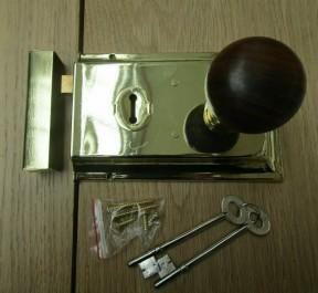 """6"""" Rim Lock Brass & Plain Bun Teak + Brass Set"""
