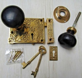 Ornate Rim Lock & Plain Bun Ebony + Brass Set