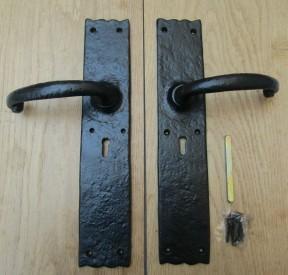 Pair of Large Door Barn Lever Lock Handle black