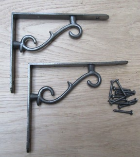Pair Of Thorn Shelf Brackets Antique Iron