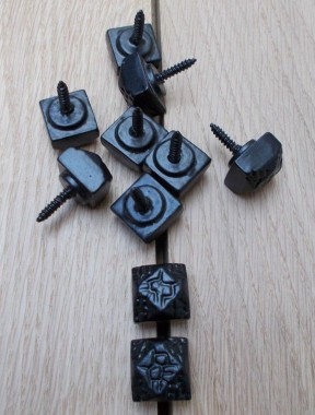 Pack of 10 door studs Beaten/Hammered Black Antique