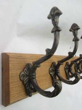 Buckingham Ornate 3 Hook Coat Rail 38cm