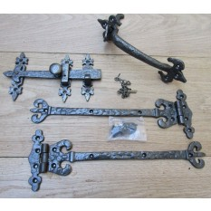 "Pair 12"" of Coronet Hinges + 9"" Suffolk Latch Antique Iron"