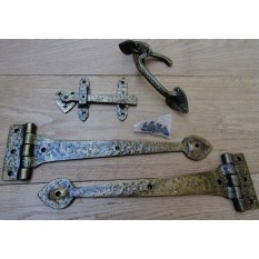 "Set of 15"" Spear head Hinges + 7"" Thumb Latch Antique Brass"