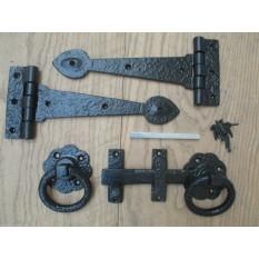 "Set of 9"" Spear head hinge Cast Iron + 6"" Black Ring Latch"