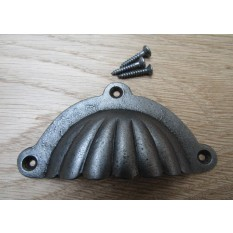 Fluted With Lugs Cup Pull Handle Antique Iron