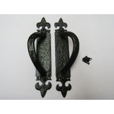 Pair of Fleur De Lys L & R  Handle on Plate