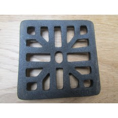 "Rustic Cast Iron Gulley Gutter Lid Square Black 4""."