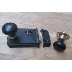 Large Cast Iron Rim Latch Black & Plain Bun Ebony + Brass Set