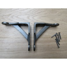Pair Of Cast Iron Penny End Shelf Brackets 4""