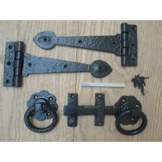 CAST IRON TUDOR BLACK ANTIQUE COUNTRY COTTAGE DOOR GATE TEE T HINGES RING LATCH
