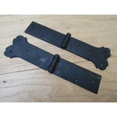 Pair of heart strap Hinges Black wax