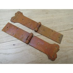 Pair of heart strap Hinges Rust