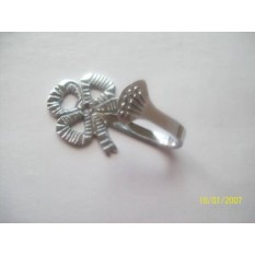 Lovers Knot Curtain Tie Back Hooks (Chrome)