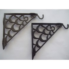 Ornate hanging basket bracket