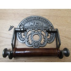 London Wc1 Toilet Roll Holder Antique Iron