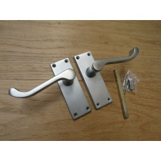 Small Lever Latch Door Handle Scroll Satin Chrome